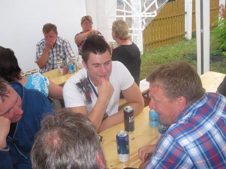 kolmelegendaa2011